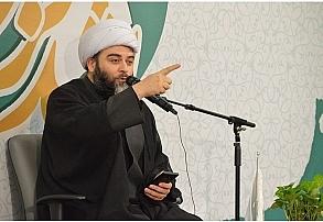 در مکتب امام، دنیا آن هنگامی آباد میشود که حاکمیت دین در آن محقق شود